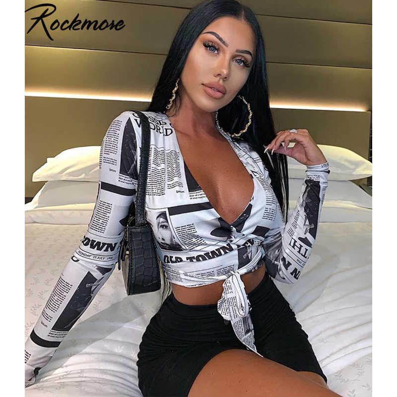 Rockmore gazete mektup baskı kadın T Shirt derin v yaka seksi tee gömlek uzun kollu kırpma üst Streetwear temel Tshirt bayan
