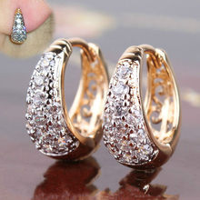 2021 New Round Gold-plated Inlaid Crystal Zircon Metal Geometric Fashion Ladies Earrings Wedding Exquisite Jewelry