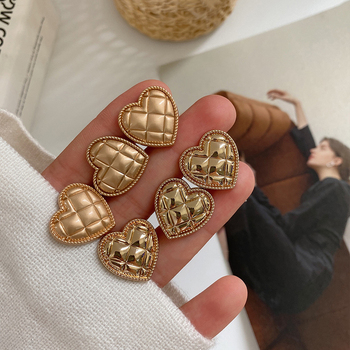10PCS Heart-shaped metal buttons sand gold bright gold love hand-sewn buttons shirt decoration buttons high grade metal gold silver imitation pearl buttons jacket shirt metal buttons sweater coat overcoat button