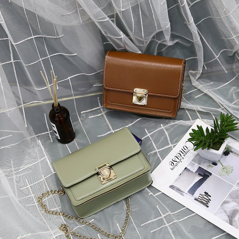 2020 New Fashion Female Bag Metal Lock Casual Chain Shoulder Messenger Bag Small Square Bag