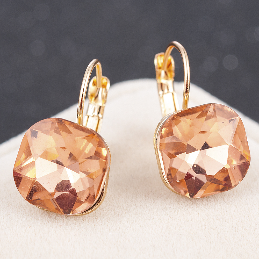 Fashion Gold Color Earring For Women Crystal Cubic Zirconia Stud Earrings Stone Pendientes Mujer Moda Minimalist Earrings 3