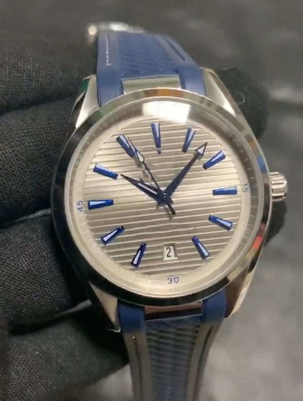 Aaa Watch, Men's Fashion Rubber Automatic Machinery. Threaded Watch. Increasingly High Quality.