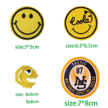 1pcsFunny Smile Face Appliques Embroidered Cute Emoticons Patches Diy Iron On Emoji Stickers Sewing Badge graphic smile face embroidered sweatshirt