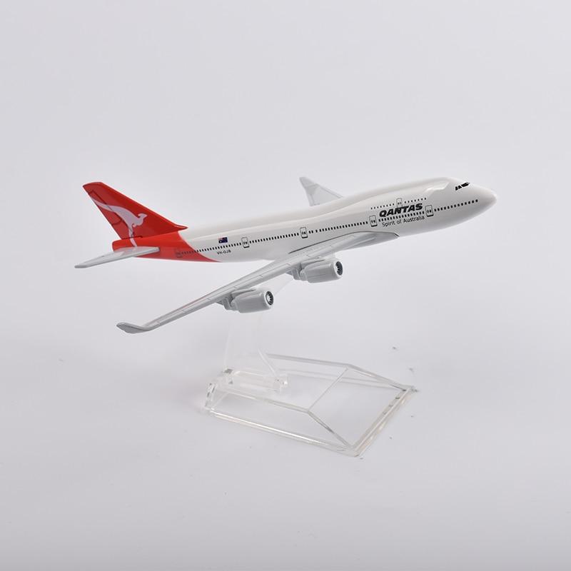 Avião modelo jason tutu de 16cm qantas,