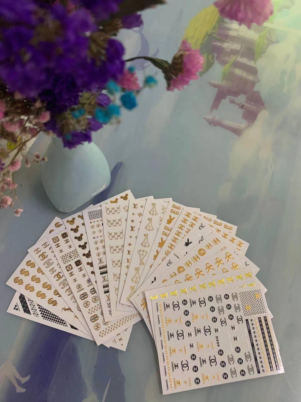 16 листов декоративной бумаги D серии цветная Женская одежда с логотипом наклейки для ногтей дизайн клейкая Art наклейки на ногти макияж искус...