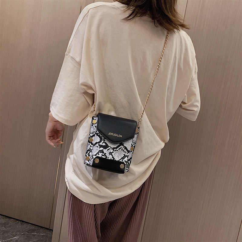 2019 yeni kore versiyonu kadın Snakeskin cep telefonu çantası kişilik vahşi omuz zinciri küçük kare çanta