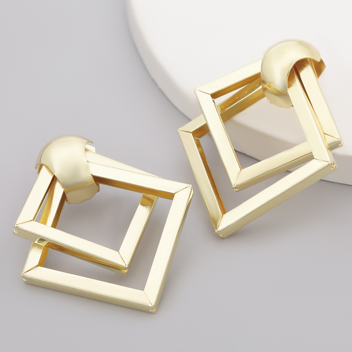 Simple Retro Double Layer Rhombus Metal Earrings Women's Fashion and Generous Drop Earrings Banquet Jewelry Accessories