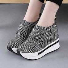 Zapatos de plataforma informales con tacón oculto para mujer, zapatillas de lona sin cordones, cuñas para aumento de altura, W4, 2020