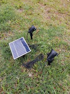 Светодиодный точечный светильник на солнечной батарее, водонепроницаемый наружный солнечный свет, Автоматическое включение/выключение, с...