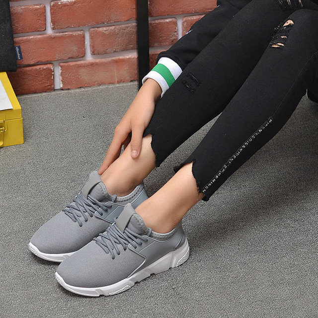 Men's Casual Shoes 2020 New Men's Sports Shoes Light Comfortable Casual Fashion Belt Fitness Mesh Flat Shoes Sneakers