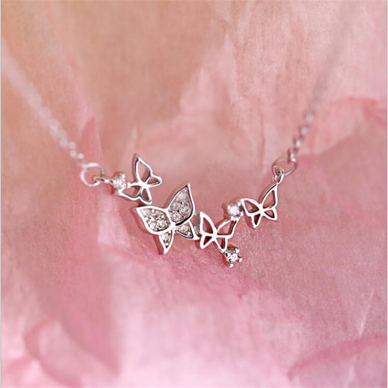 New Creative Hollow Exquisite Butterfly Romantic Flying 925 Sterling Silver Jewelry Heart Crystal Clavicle Chain Necklaces H511