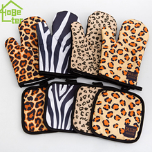 Gloves Kitchen Baking-Tools Microwave Anti-Scald Leopard Thickened High-Temperature Oven