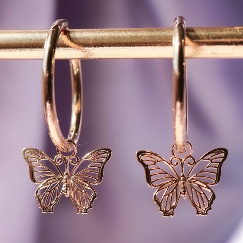 VILAGE Romantic Butterfly Drop Earrings for Woman Rose Gold Color Hollow-out Elegant Design Female Ear Hoop Trendy Jewelry Hot