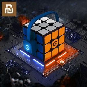 Image 1 - Оригинальный Интеллектуальный супер куб Youpin Giiker I3s AI, умный волшебный Магнитный Bluetooth пазл с синхронизацией приложений, игрушки [обновленная версия]
