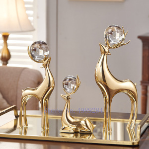 Creativity Metal Simulation Animal Deer Copper Golden Crystal Ball Crafts Furnishings Modern Home Living Room Desktop Decoration
