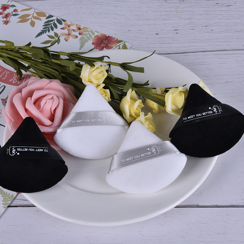 2pcs/set (Black And White ) Triangle Velvet Powder Cosmetic Puffs Mini Makeup Puff Sponge Make Up Tools