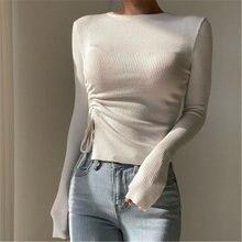 Женский вязаный свитер белого и черного цвета осенне зимний