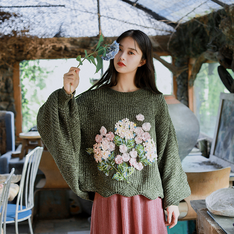 2019 Autumn Women Modis Vintage Lazy Casual Ultra Loose Big Batwing Sleeve Blackish Green Oversized Short Pullover Sweater