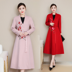 Fall and Winter New Female Embroidered Wool Fabric and Tape Button Modified Chinese Wool Wool Overcoat Elegant woman