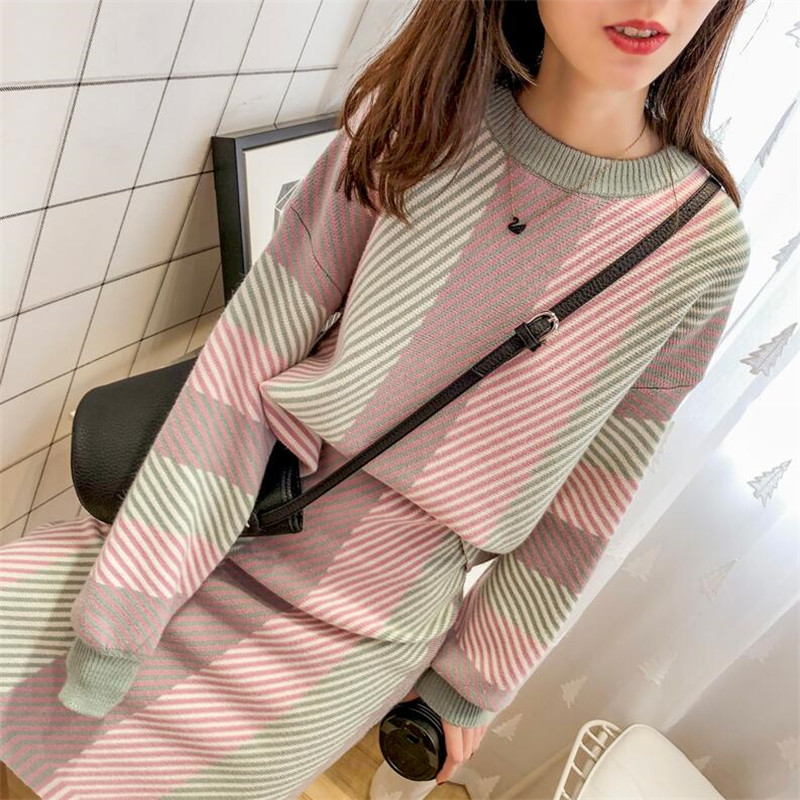 Autumn Winter New 2019 Women 2 Pieces Skirt Sets Knitted O-neck Pullovers And Skirts Lady Elegant Striped Clothing Suits