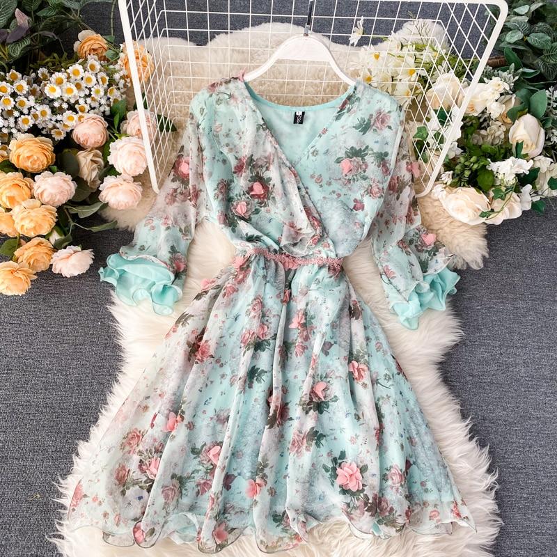 Holiday Ins Sweet Ruffle V-neck 3D Petal Short Flare Sleeve Printed Chiffon Dress Women Sweet Vestidos L212