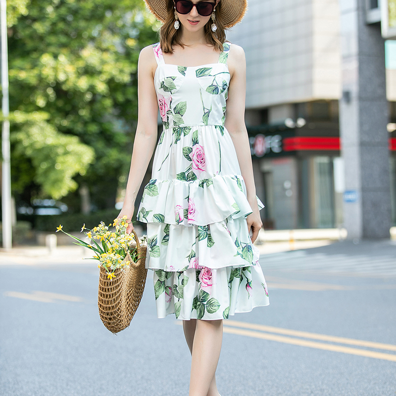 Spring / Summer 2020 New Sexy Strapless Backless Sling Bohemian Retro Print Flower Sling Dress Women'S Wear High Quality