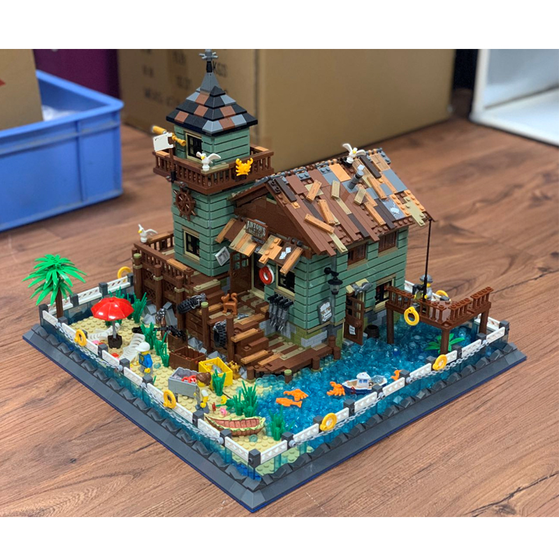 2020 New Moc The Old Fishing Store Model Building Blocks Educational Toys Gifts For Children Compatible LegoSet 21310 Toys Gift 2