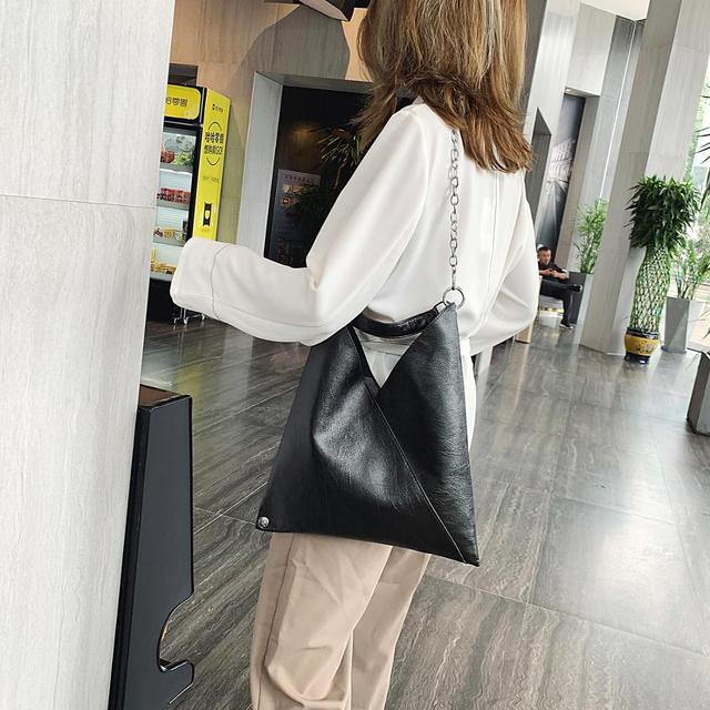 Vintage Leather Shoulder Bags For Women 2019 Chain Designer Lady Crossbody Bag Female Cool High Capacity Solid Color Handbags 2