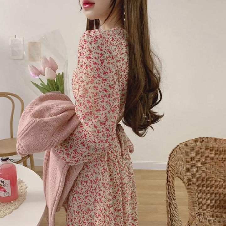 VICONE Chic Flower V-neck Horn Sleeve Chiffon Dress