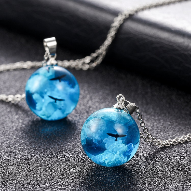 Blue Sky White Clouds Eagle Pendant Necklace Creative Resin Glass Round Ball Necklace For Women Gift Handmade Necklace Jewelry