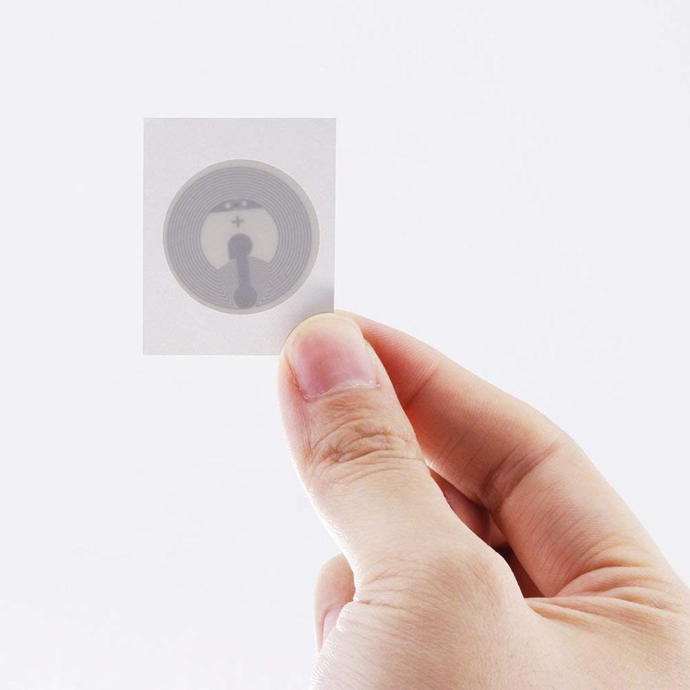 25mm Nfc Tag Ntag215 Sticker Tags 215 Label Ntag Sticker 13.56mhz Ic ISO14443A NFC Stickers RFID Tag Key Token Lables