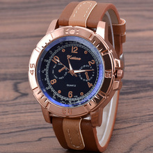цена Fashion & Sports Three-Eyed Leather Belt Men's Watch Classic Big Dial Blue Quartz Watches Men Watch онлайн в 2017 году