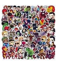 50 sztuk Cartoon Marvel naklejki fajne Avengers wodoodporna naklejka przechowalnia Skateboard gitara Laptop Stikers zabawka dla dzieci