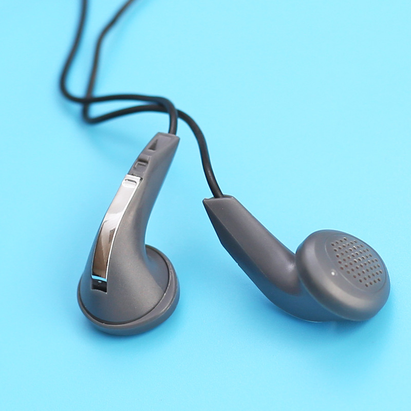 High Quality Flat Earphone 15mm Speaker Dynamic Earphone Balanced Sound Headset 150cm Cable