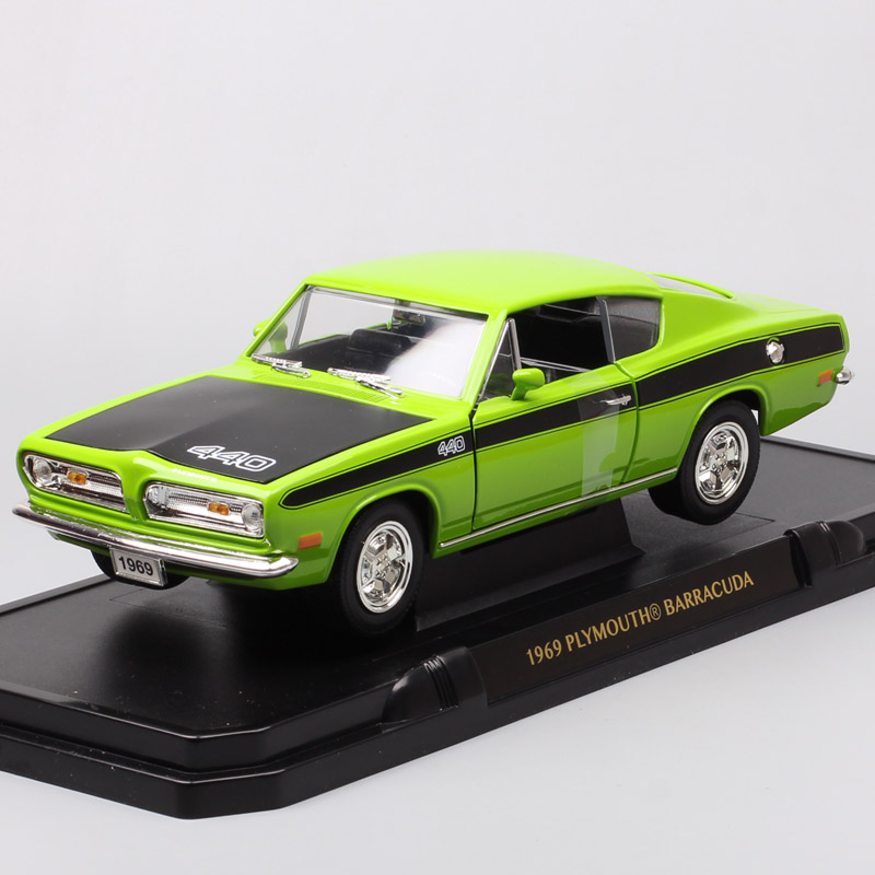 1:18 Road signature Plymouth Barracude retro Diecasts & Toy Vehicles model auto cars large scales kids gift miniature 1969 green