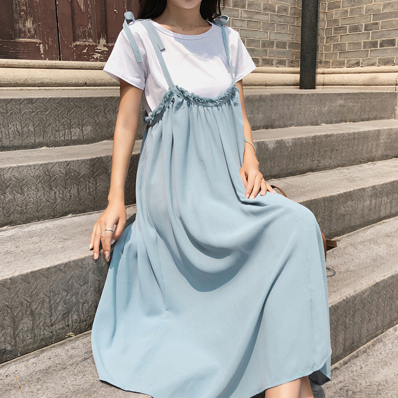 [Dowisi]  Summer Korean-style High-waisted Mid-length Strapped Dress Round Neckline T-shirt Two-Piece Set F5089
