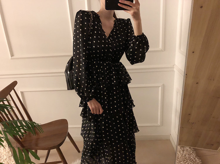 H2deffdba24d94fd4a79a6f4beef86bccn - Autumn V-Neck Long Sleeves Satin Polka Dots Multi-Layers Midi Dress