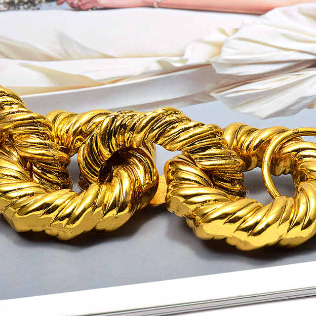 New Gold Metal Hoops Delicate Bracelet 4
