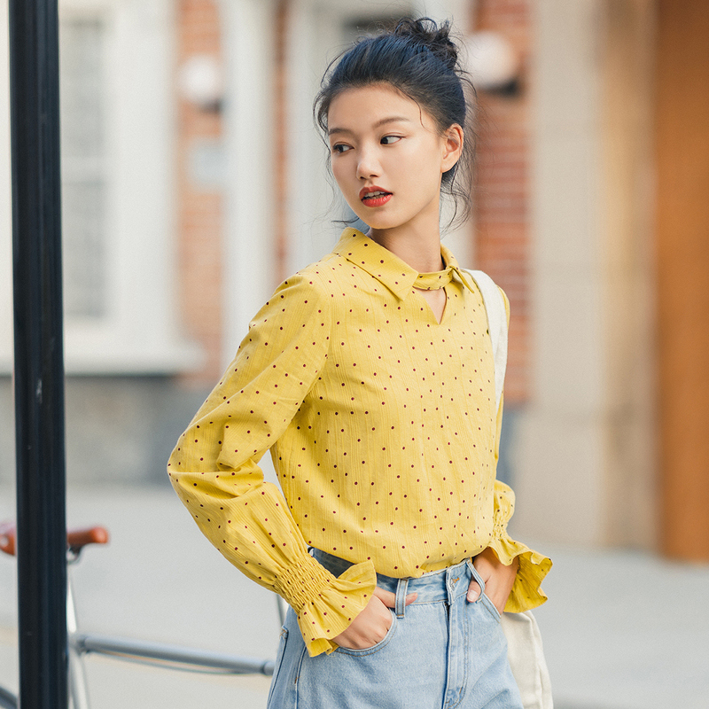 Image 3 - INMAN 2020 Spring New Arrival Literary Candy Color Dot Pattern Turn Down Collar Flare Sleeve Women Blouse ShirtBlouses & Shirts   -
