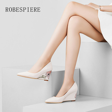 ROBESPIERE Women Wedges Shoes Natural Leather Pointed Toe High Heels Lady Party Pumps New Flower Decoration Slip On Shoes A84