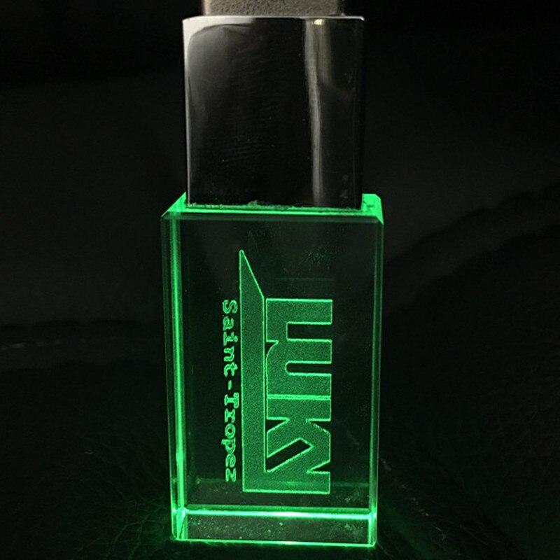 Aanpassen Vw Auto Logo Fashion Crystal Usb Flash Drive Met Led Pendrive 2.0 4Gb 8Gb 16Gb 32gb Huwelijksgeschenken Pen Drives Cle Usb 5