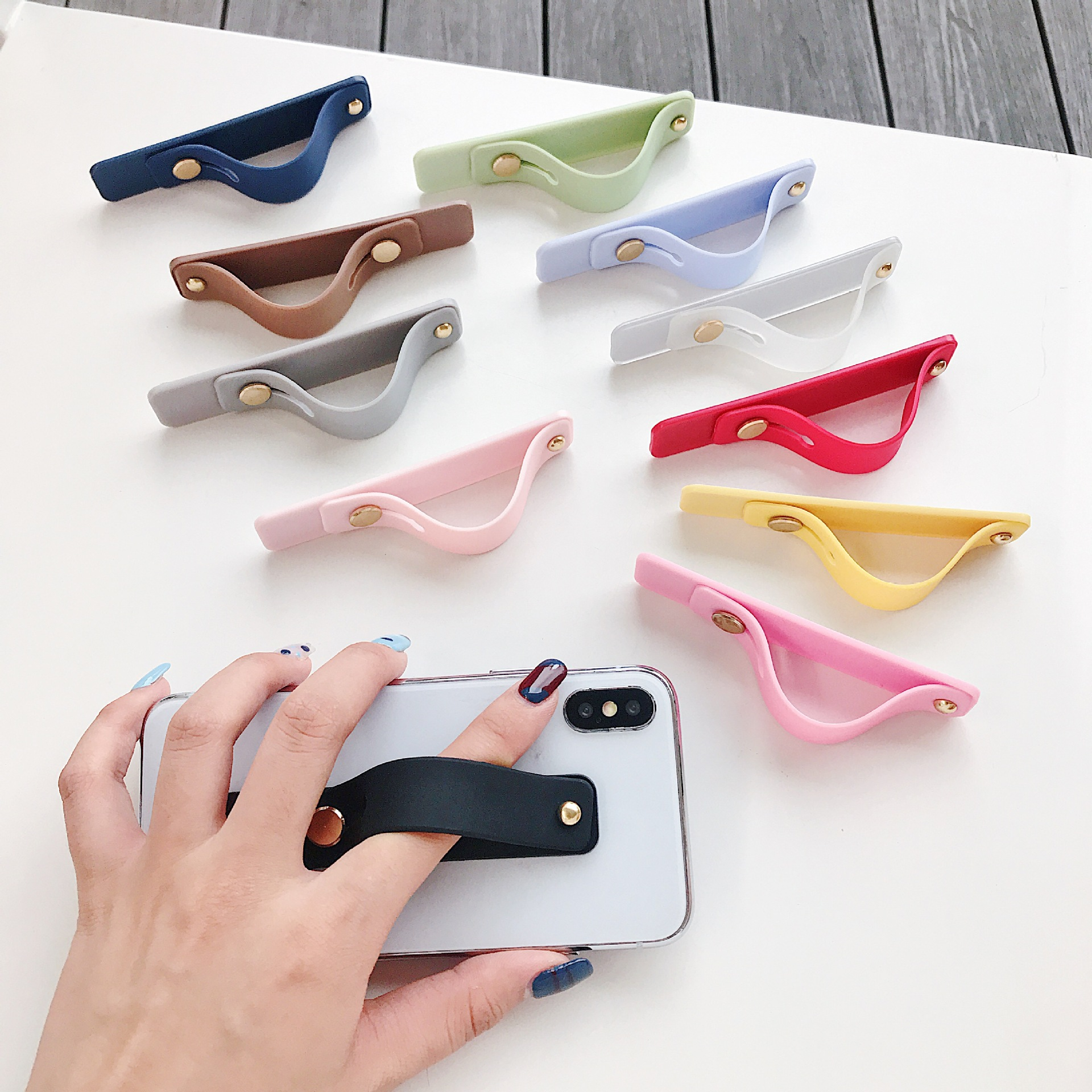 Plain Color Wrist Band Hand Band Finger Grip Mobile Phone Holder Stand Push Pull Universal For Iphone Xr 7 8  Car Phone Holder