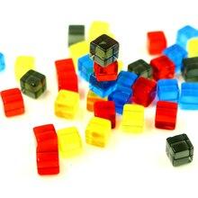 100Pcs Transparent Platz Ecke Bunte Kristall Würfel 8mm Gelegentliche Farben Schach Stück Rechten Winkel Sieb Cube Puzzle Spiel spielzeug