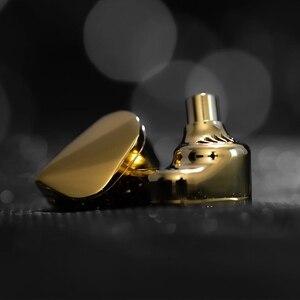 Image 4 - Nieuwe Moondrop Verlichting Hoofdtelefoon Iem Vlaggenschip Dynamische In Ear Monitoring Hifi Oortelefoon Met Afneembare Kabel S8 Kxxs Blessing2