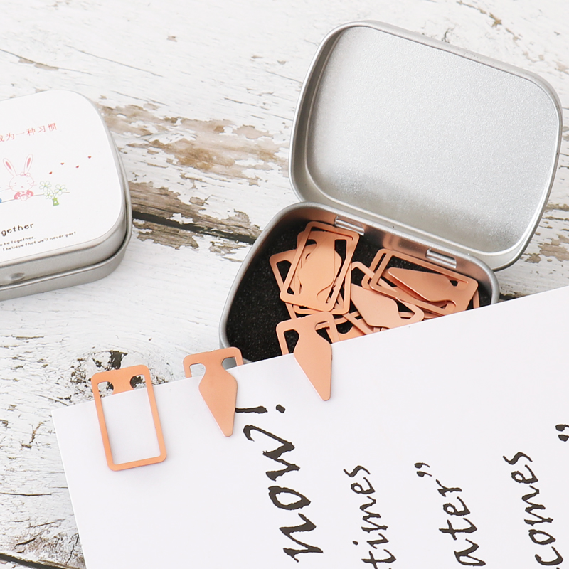 15pcs/box NEW Mini Hollow Metal Bookmark Papelaria Bookmark Triangle Arrow Shape For Read Books Holder School Supplies