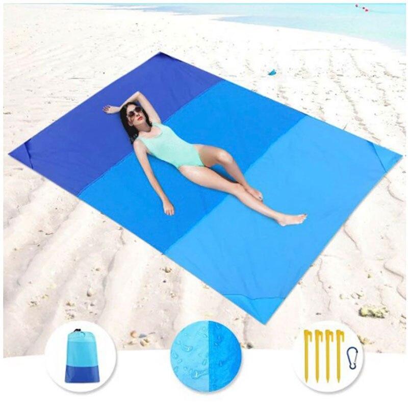 Compact beach blanket