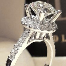 AAA Zircon Engagement แหวน(China)