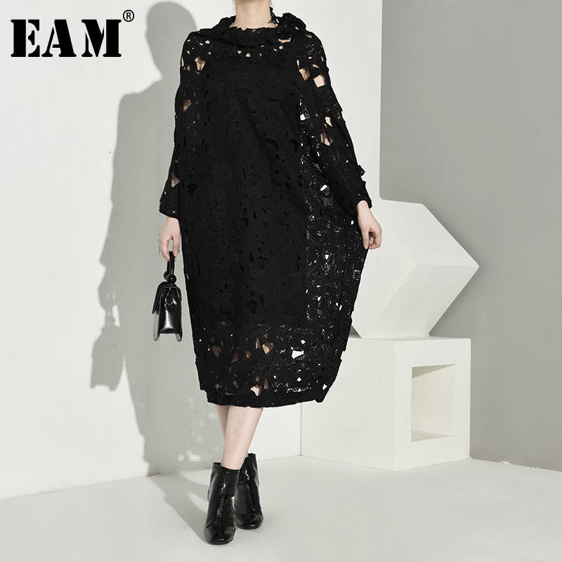 [EAM] Women Black Lace Hollow Out Big Size Dress New Round Neck Long Sleeve Loose Fit Fashion Tide Spring Autumn 2020 Q09101