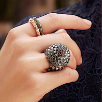 Luxurious 925 Sterling Silver Black Spike Hedgehog Sphere Finger Ring Paved Green Cubic Zirconia Stones Women Brand Jewelry