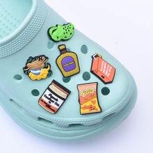 Personalizado inspirado sapatos encantos dinheiro suco tamanco sapatos acessórios de decoração para crocks encantos dos desenhos animados para crianças festa